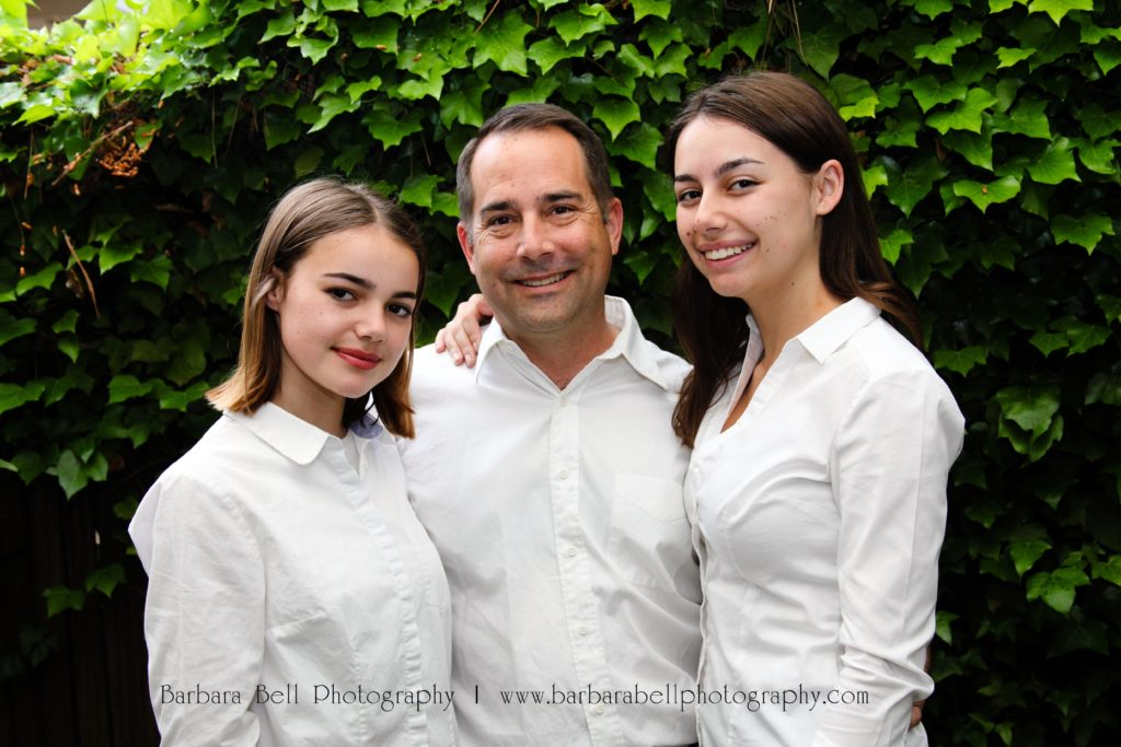 A dad and his daughters in our family portrait session | Barbara Bell Photography