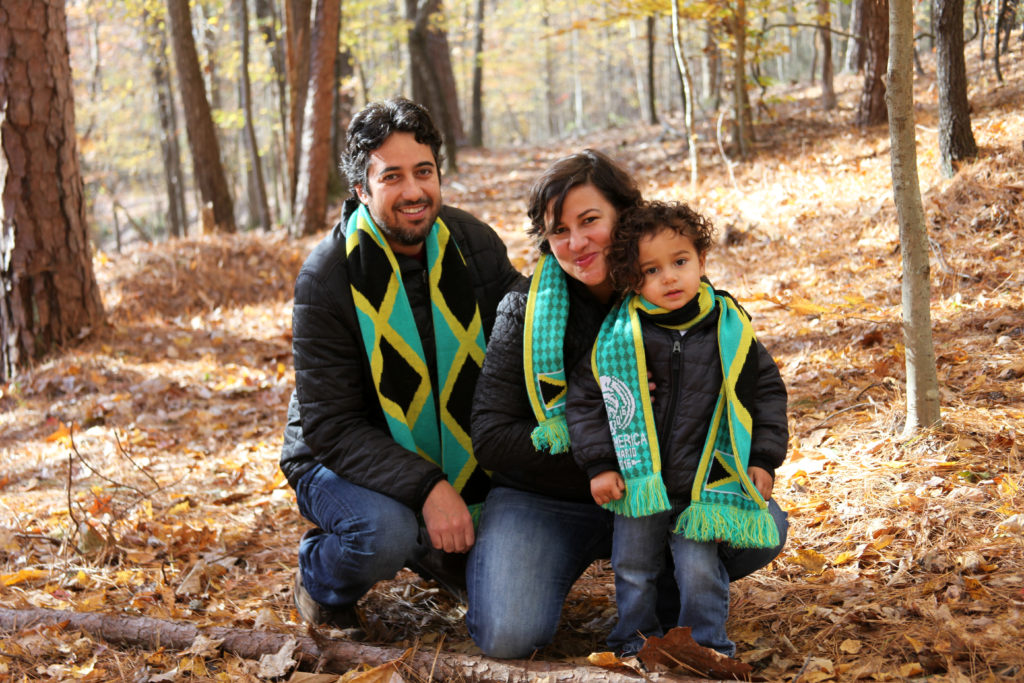 Families in the Fall portrait sessions capture great light