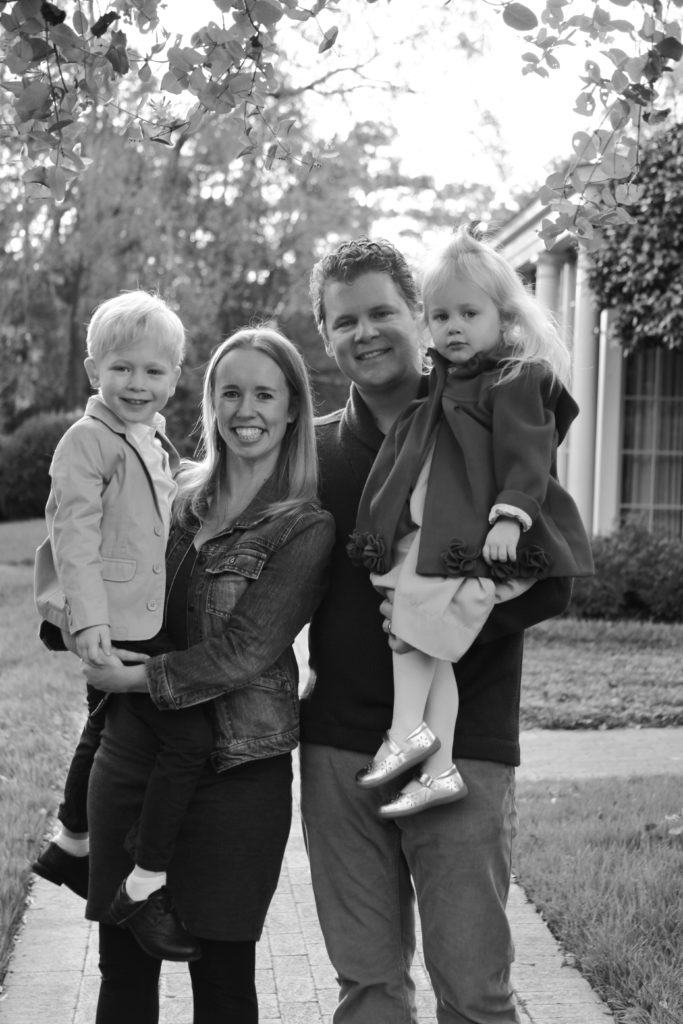 Black and White Family Portraits in Chapel Hill, North Carolina | Barbara Bell Photography