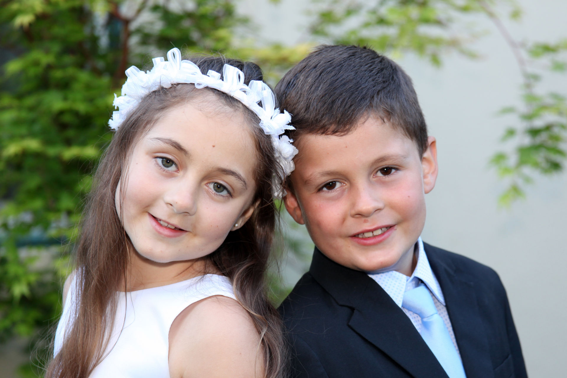 This brother and sister came to Barbara Bell Photography for their First Communion portrait session.