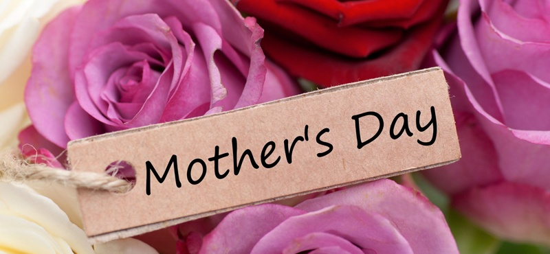 10 Ways to Honor Your Mom this Mother's Day